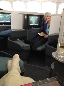 Enjoying the comfort of Business Class thanks to mileage tickets!