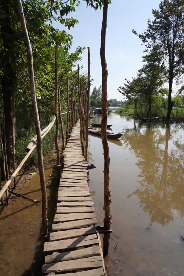 Walkway to Cham village