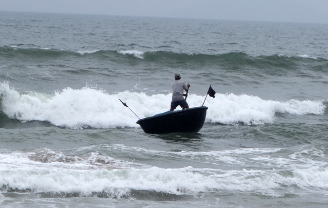 Going out to sea to cast fishing nets