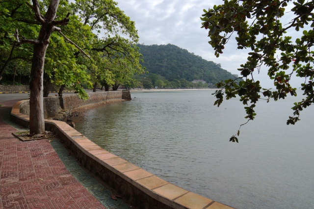 The walk to Kep