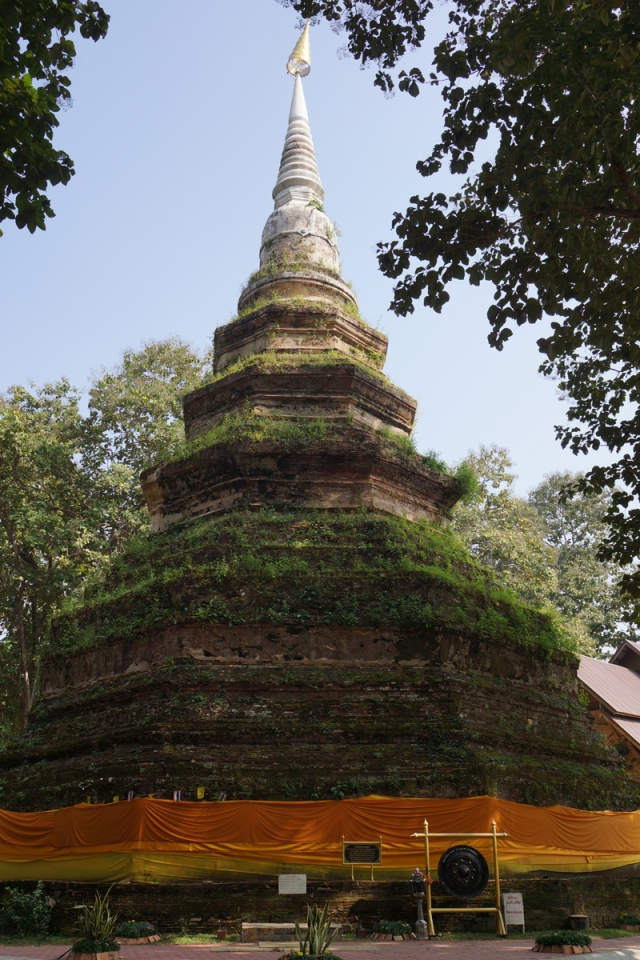Old stupa on the way to Golden Triangle